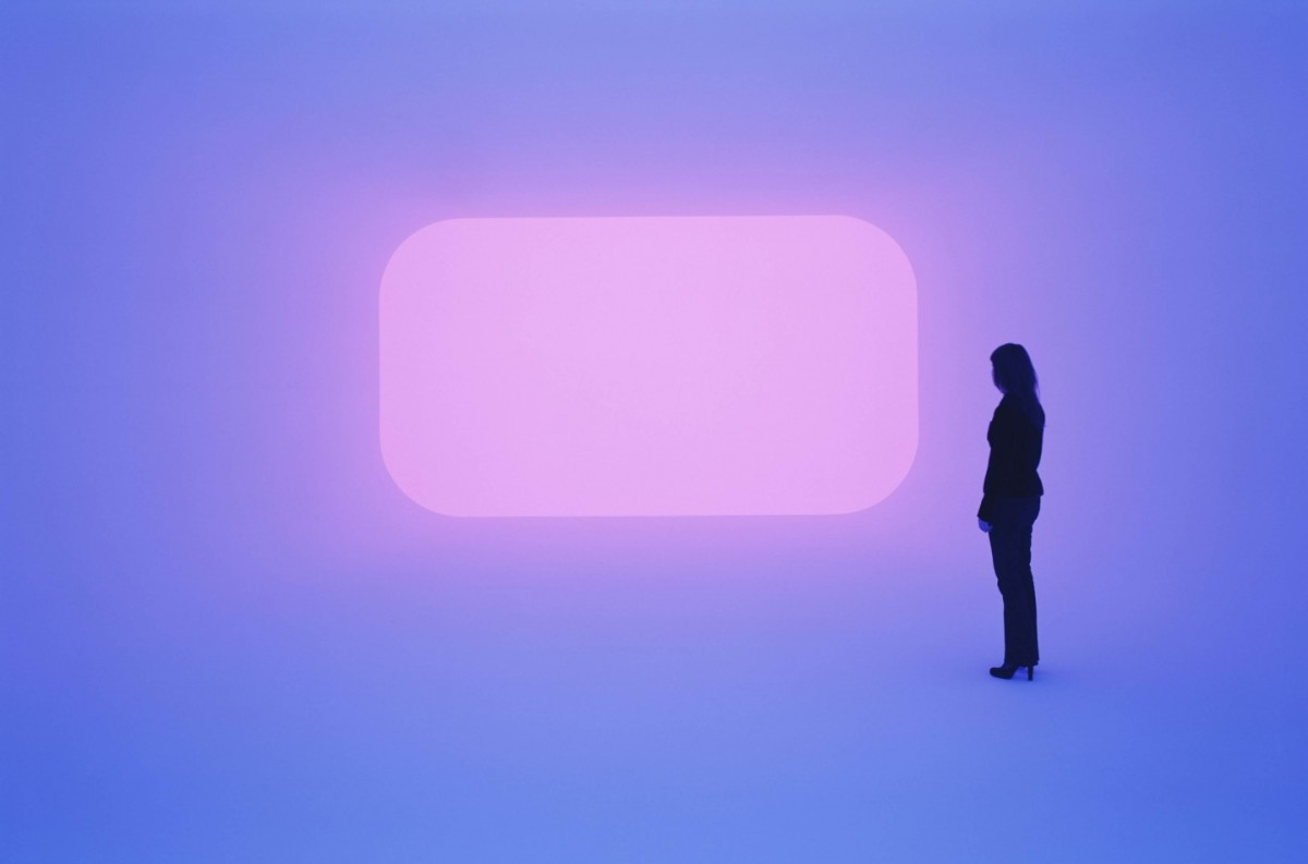 詹姆斯·特瑞尔《Dhatu》,2009年。图片:致谢James Turrell Studio