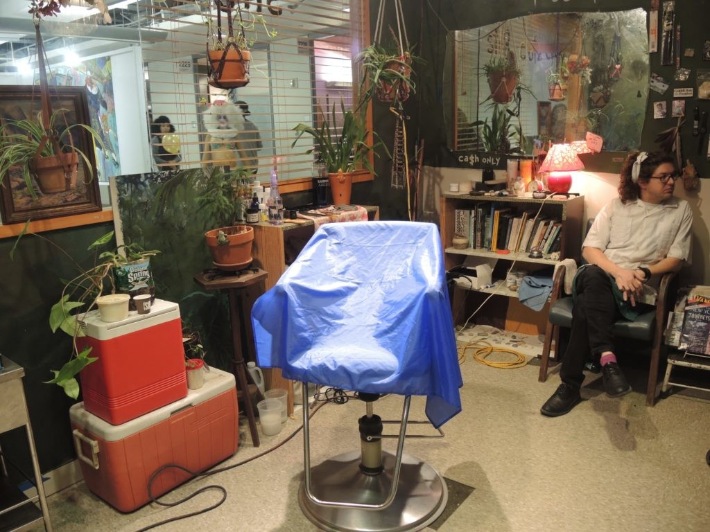 Jack与Leigh Ruby,《理发店》(Barbershop)。图片:Courtesy of Sarah Cascone