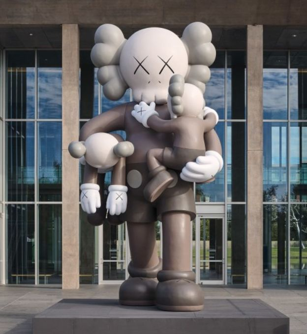 KAWS,《Clean Slate》,2014。图片:Courtesy of Phillips